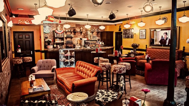 Friends' Central Perk coffee shop set for UK expansion ...